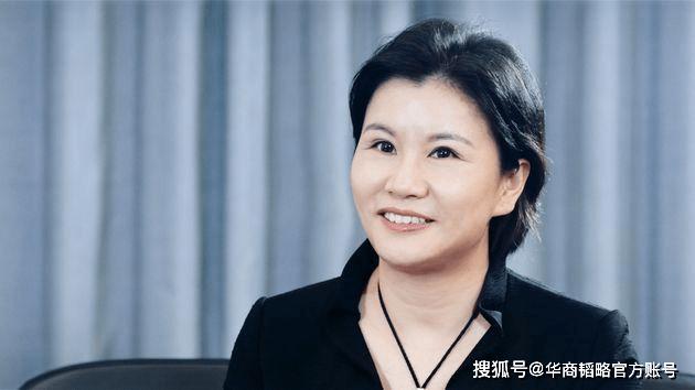 这个湖南打工妹,靠一块玻璃赚千亿,替中国企业打下全球半壁江山