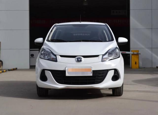 Original是国内最经典的车型,长度3.7米带自动变速器,油耗5.3L L。