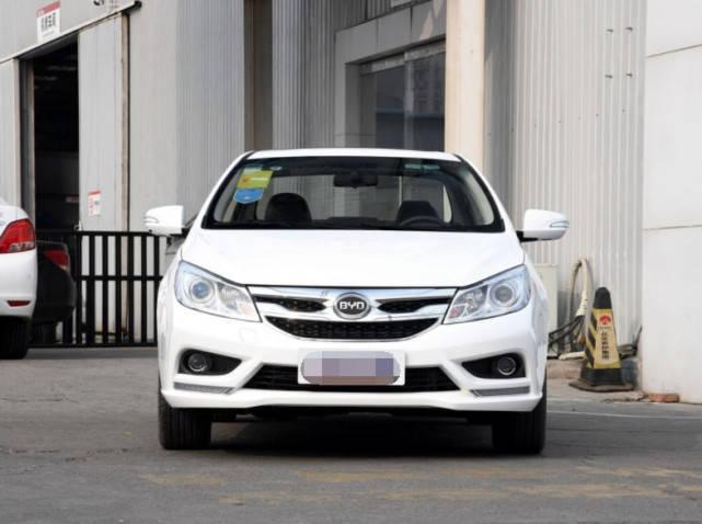 原厂定速巡航四年保修,这款车号称中国最便宜最好开