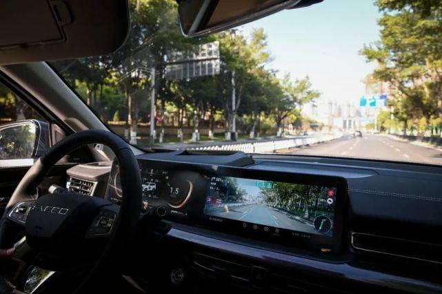 原创抢先体验明星VX车载系统:声波纹解锁VR导航这是狮子智云4.0你不知道。