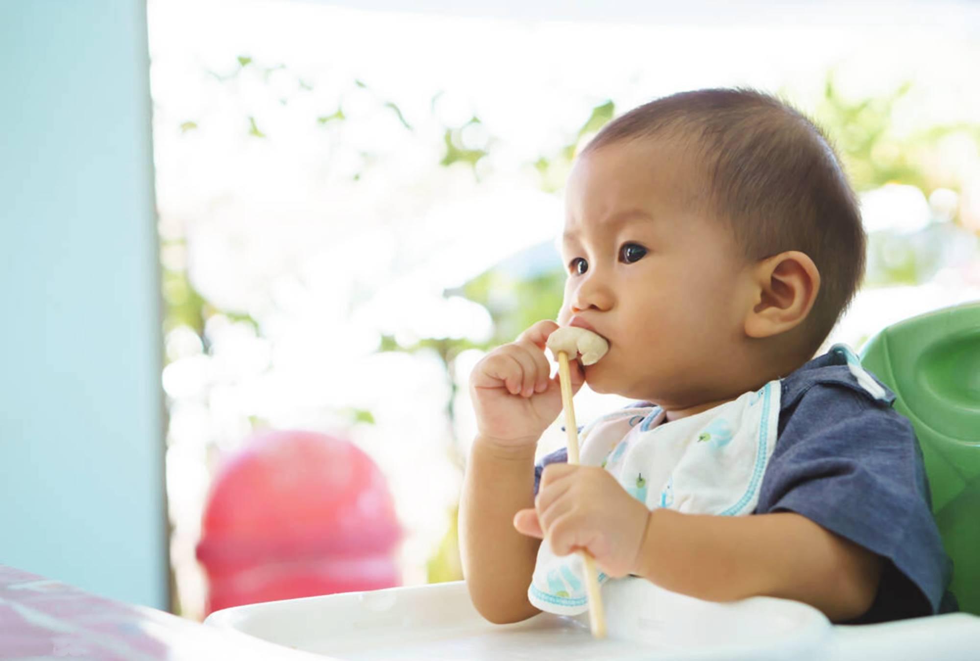 """有一种""""假""""辅食叫做米汤,看似有营养,实则影响宝宝发育  第3张"""