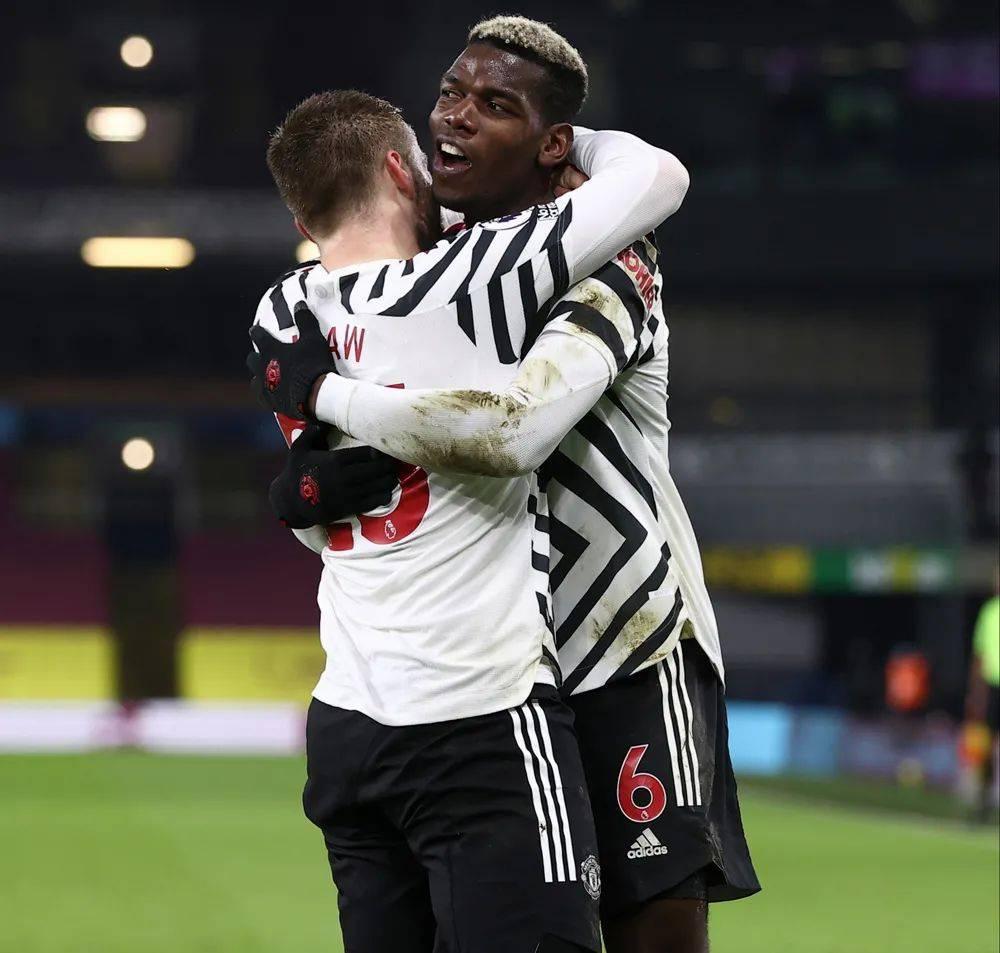 原创             曼联1-0登榜首,博格巴回报索帅信任!争冠仍缺一要素就看双红会