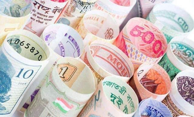 原创             俄专家:卢布汇率被严重低估三倍,一卢布到底值多少美元?