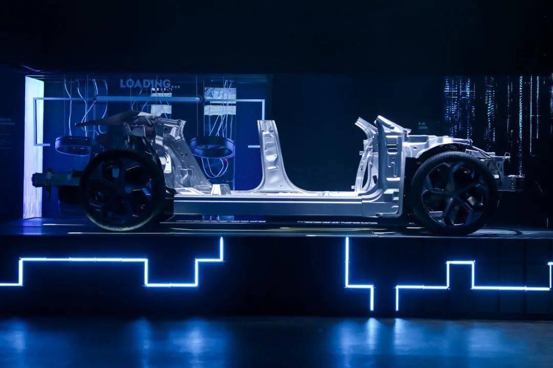 原创             百度与吉利联合,能造出什么样的车?