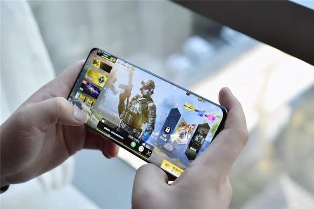 几家都很着急,为什么说今年手机大战比去年惨烈得多?
