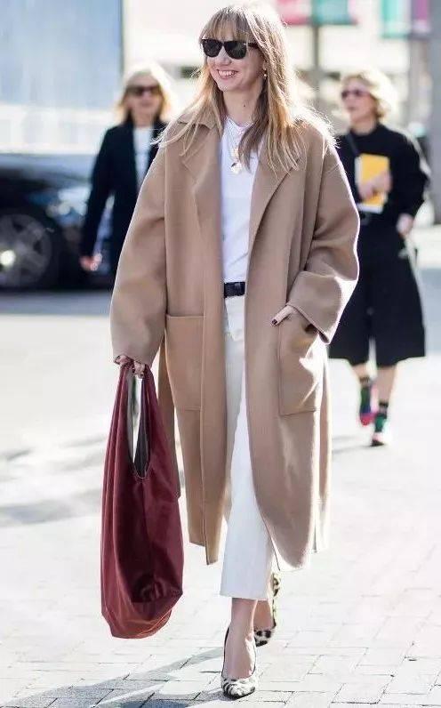 """今冬你穿""""驼色+这6种颜色""""=真的好看爆了!!"""