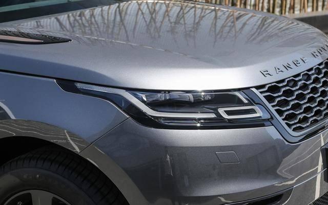 原装全时四驱,这款豪车掉10万就卖不出去了。250马力8AT,标配?