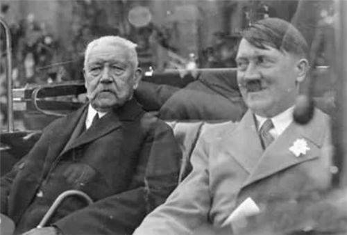 希特勒唯一害怕的人,和他握手时,希特勒都不敢抬头对视,他是谁