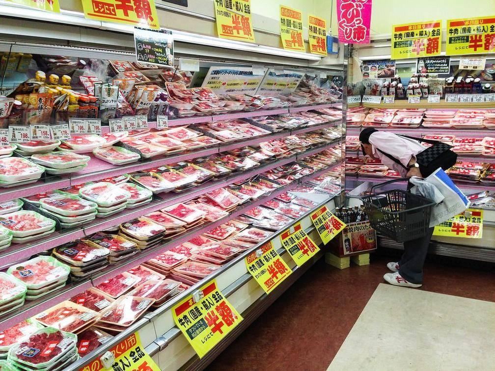 日本物价30年未上涨,先别急着羡慕,这种经济毒药正在摧毁日本