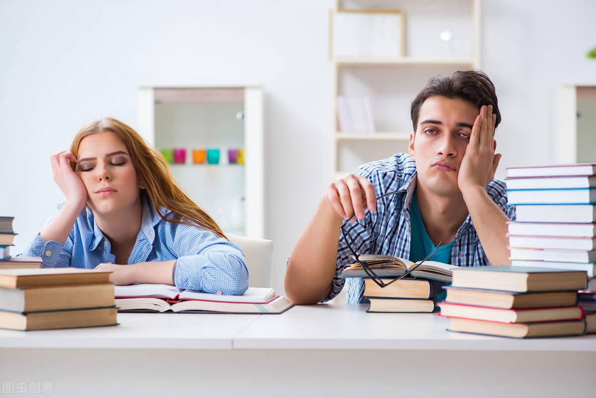最新版新课标3000词整理的高中英语需掌握1051个短语