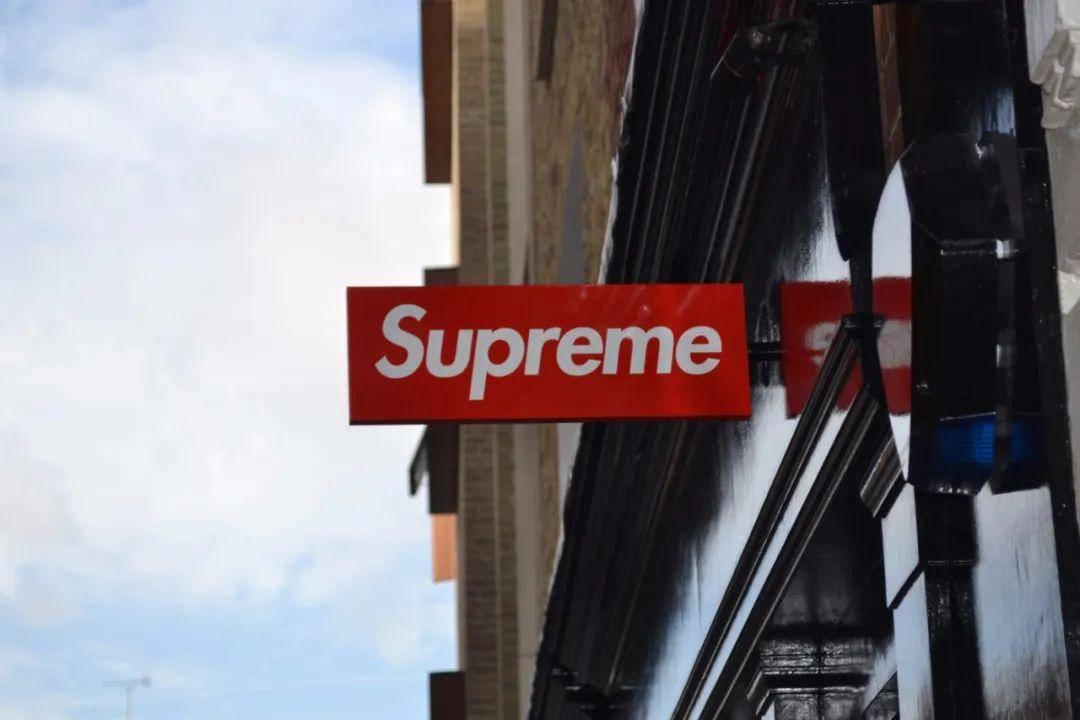<strong>在中国成功注册商标的Supreme,进入中国市场却还</strong>