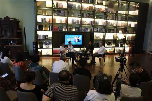 """当代艺术在深圳:硬件优势很明显""""溢出效应""""需时间"""