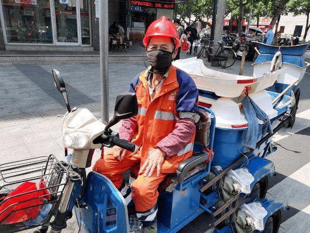 工地安全帽能当电动车头盔吗?交警回应