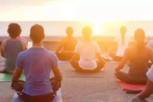 冥想1分钟后, 你的肉体会发生什么变化?_体式