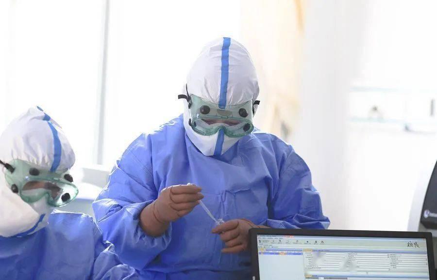 """【抗击疫情】直面病毒,佑安临检人是和病毒""""最近""""的幕后英雄"""