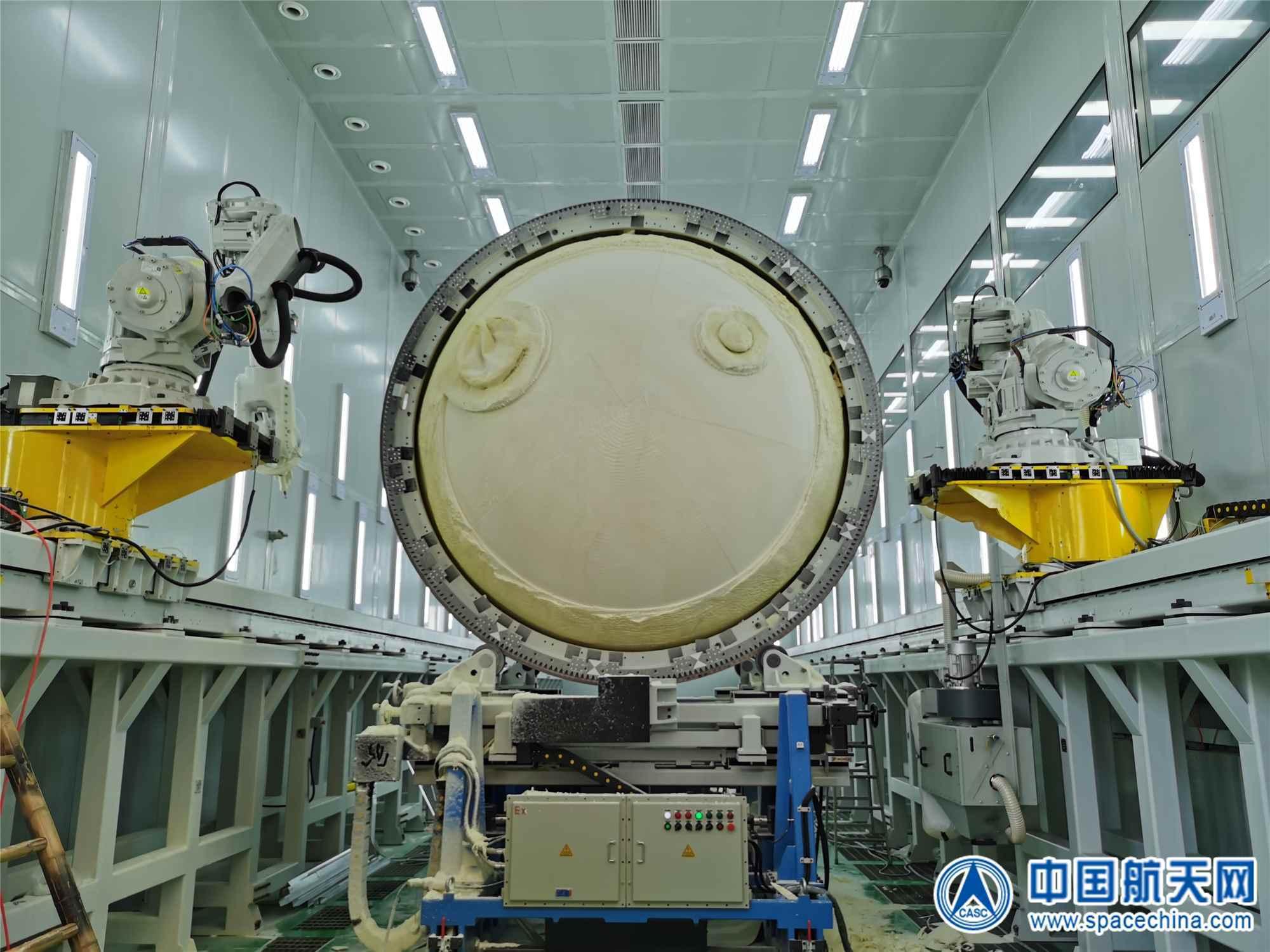 航天科技八院149工厂低温储罐保温层自动研磨技术在运载火箭上的成功应用