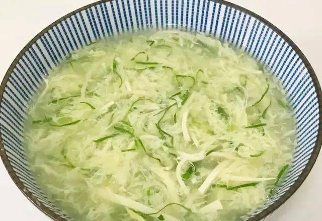 青菜豆腐鸡蛋汤,营养丰富,口味咸鲜清淡