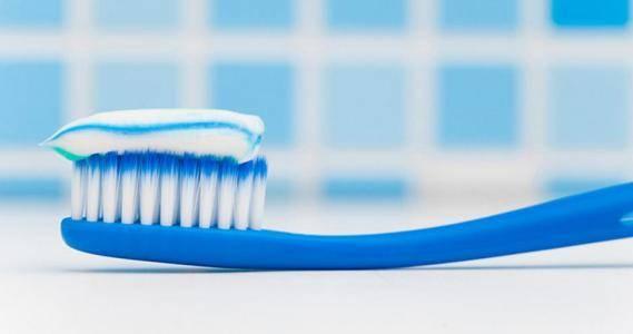 五星体育直播:牙膏也是化妆品?牙膏被列为一种常见的化妆品 约束声称美白