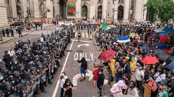 纽约警局预算遭大幅削减,局长发出警告:未来困难重重