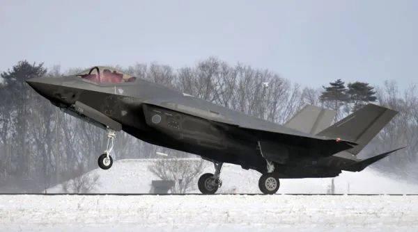 外媒:日本拟向美国采购105架F-35战机
