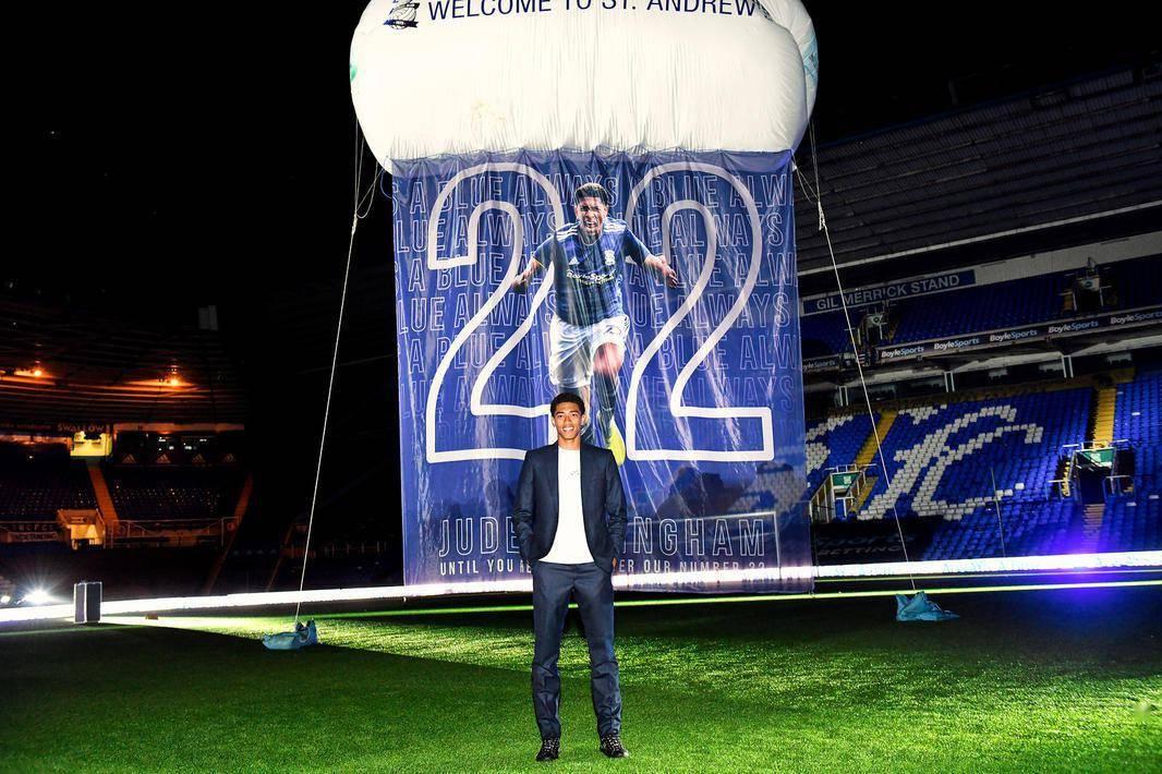 伯明翰宣布退役贝林汉姆22号球衣,球迷:荒