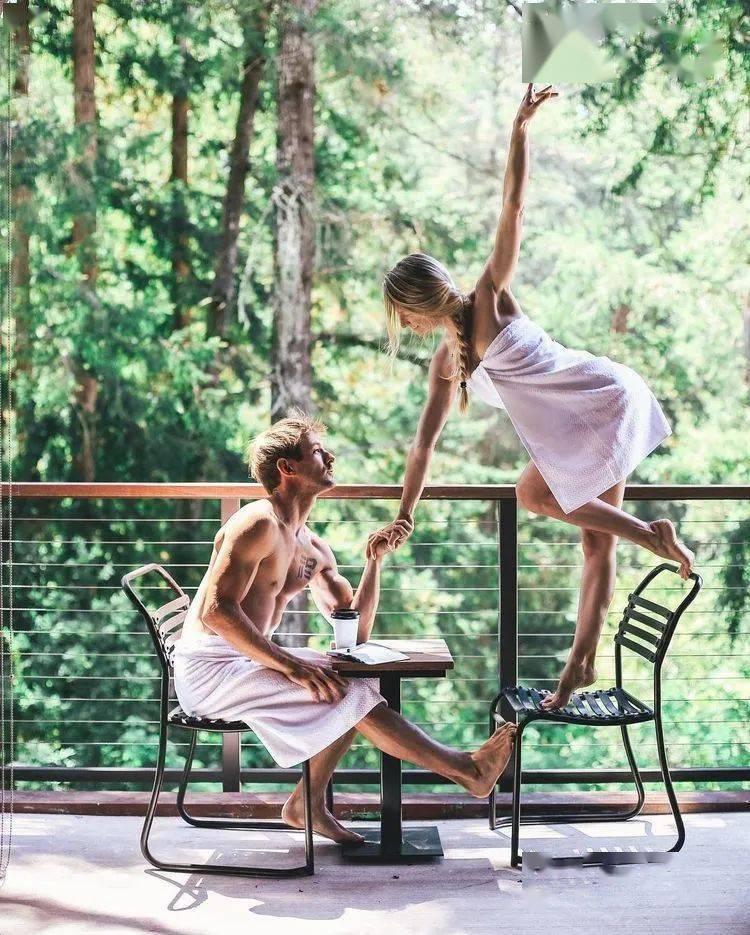为什么男生更喜欢练瑜伽的女人..._自律