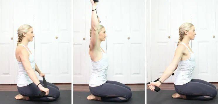 试试用瑜伽带开肩,给你的练习带来不同的感受!