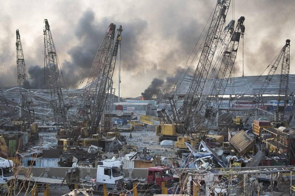 """""""蘑菇云""""在首都升起,大爆炸沉重打击""""失败国家""""黎巴嫩"""