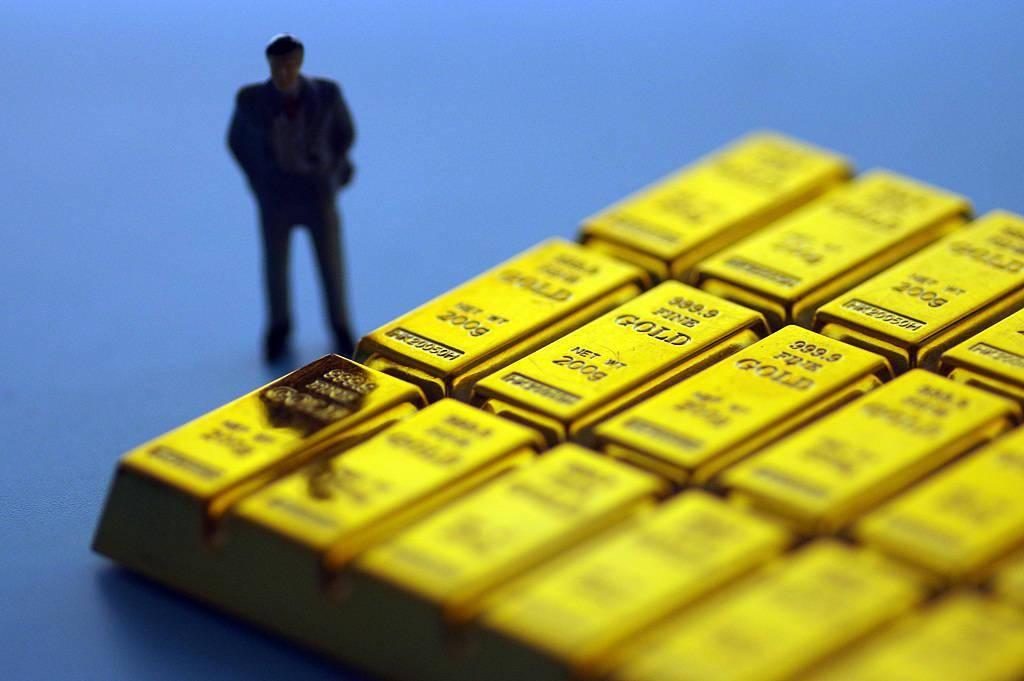 跌跌跌!现货黄金狂奔后回吐一周涨幅,失守2000美元还香吗?