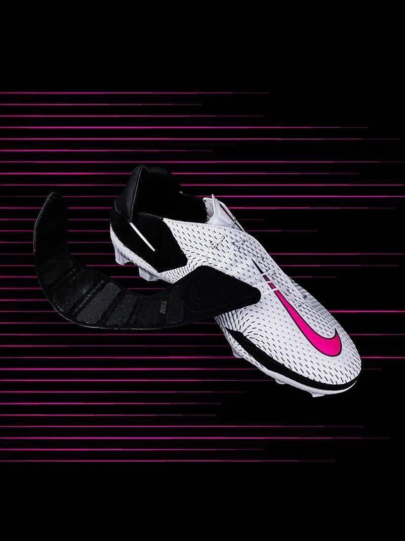 勒布朗送少年「特殊球鞋」,设计师道出真相,让人超感动!插图(25)