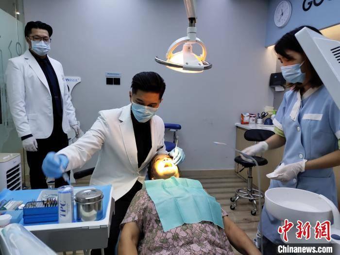 赢咖3平台首页 前台湾偶像歌手在成都当牙医:我只是从一个家回到另一个家