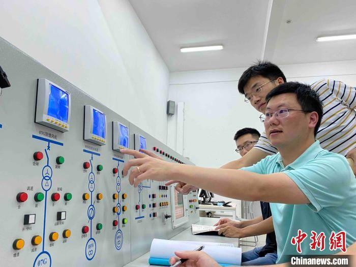 上海交大黄文焘团队十年磨一剑做祖国大型船舶电力心脏守护者