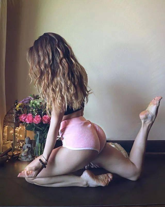 """12个""""高强度""""瑜伽变体动作,暴汗减肥瘦腰,在家就能练!(收藏级)_动态"""