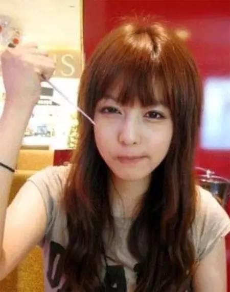 优雅韩式+甜美时尚 最新十款小脸卷发心动发型任你选