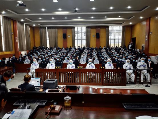 判20年!五家莆田民营医院在庭外受审.