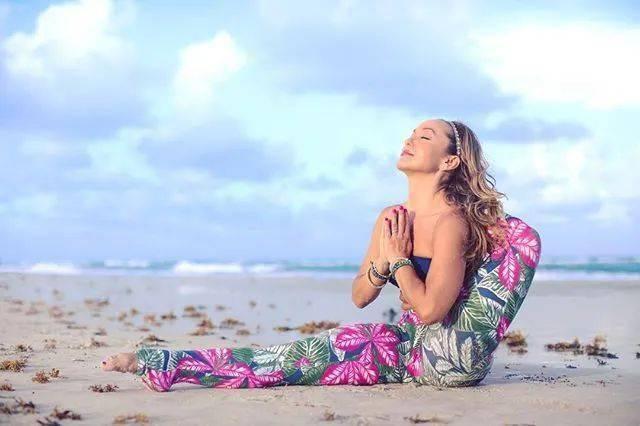 坚持练习20年,她是阿斯汤伽瑜伽界第一网红!_Kino