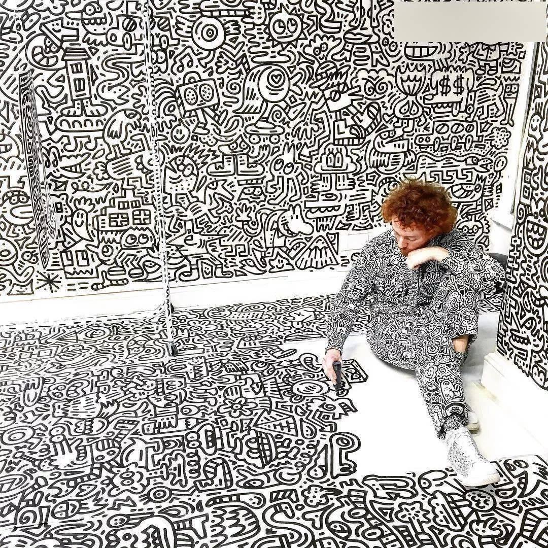 当强迫症谋杀了密集恐惧症——疯狂的Mr Doodle