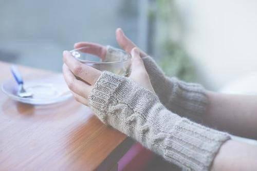 到了秋冬就手脚冰凉,是体寒还是太瘦了?不了解的对照自查