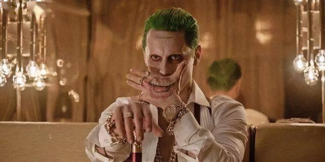 打破纪录!莱托少爷成唯一跨系列小丑演员,扎导《正联》故事曝光