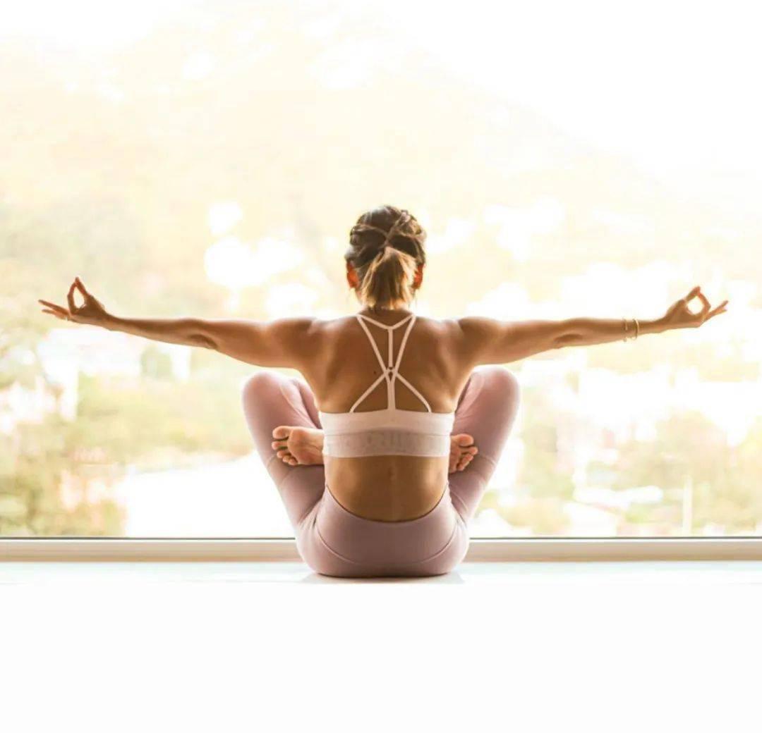 练瑜伽,为何要讲究<前后平衡>?