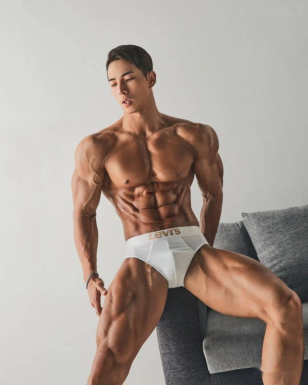 11种最强虐腿动作,男女通用!