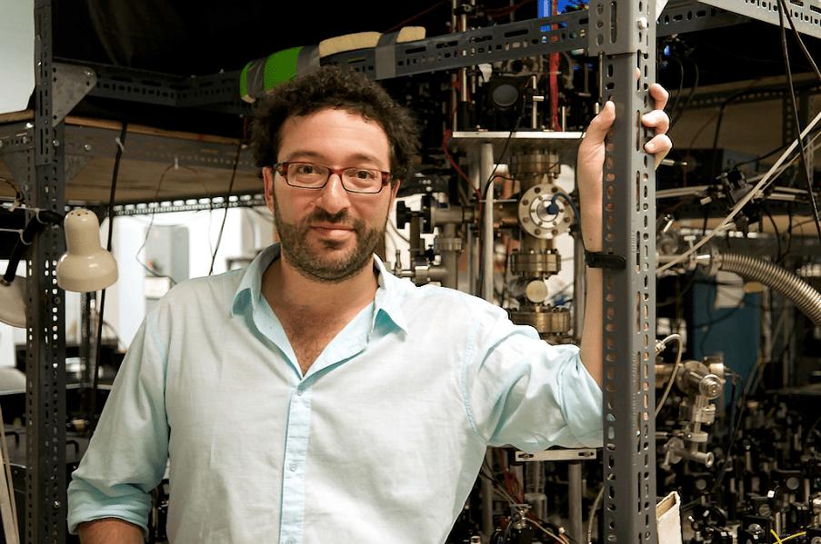 量子隧穿展示了粒子是如何打破光速的