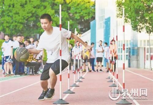 不能仅靠体育课 多加强力量训练