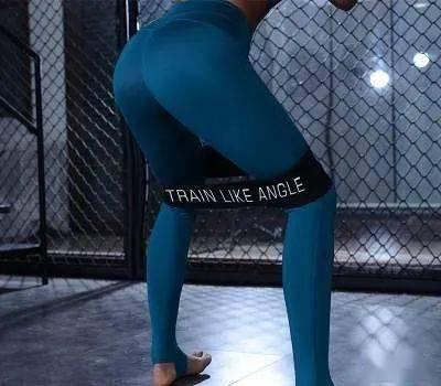 拯救扁臀,告别干瘪身材,一套瑜伽动作,提臀收腹瘦大腿一步到位
