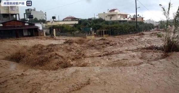 希腊最大海岛克里特岛遭暴雨洪水侵袭