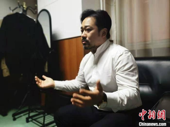 指挥家林大叶与内蒙古交响乐团合作演出 纪念贝多芬诞辰250周年