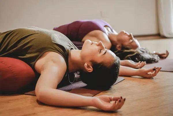 3套阴瑜伽序列,让你身心平衡