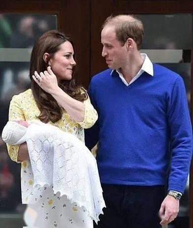 """""""完美娇妻""""吉娜怀孕6个月,人设崩塌:放过孕期中的女人吧!_身材"""