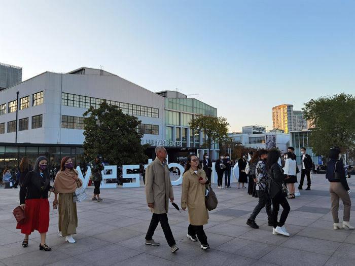 最热门的首秀地:上海缘何吸引全球企业和艺术机构?