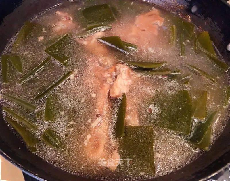 超鲜美海带汤做法!好吃营养味道赞,做法简单,暖胃又暖身!